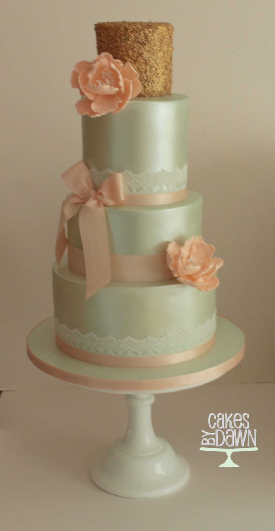 Sugarpaste Finish Wedding Cakes Cakes By Dawn