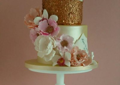 Gold Sequins, Gold Lustre, Selection of Handmade Sugar Flowers