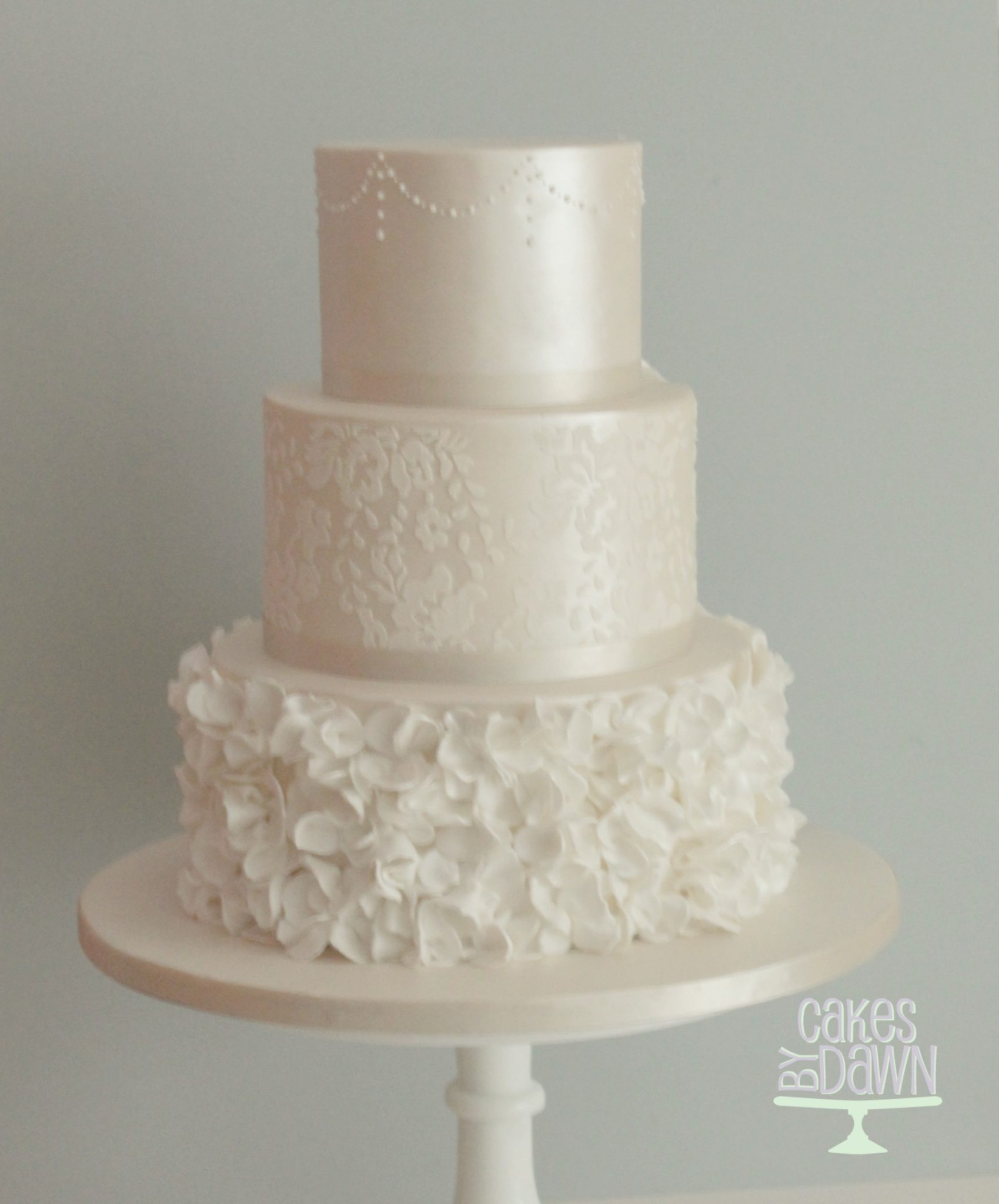Sugarpaste Finish Wedding Cakes - Cakes By Dawn