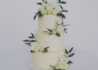 Ivory & White Roses Buttercream