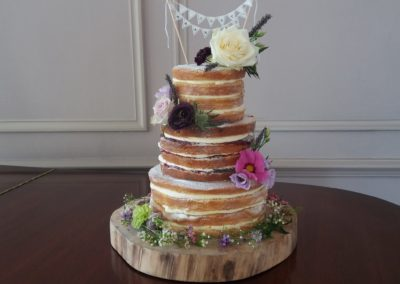 Naked Cake with Bunting Dromquinna Manor